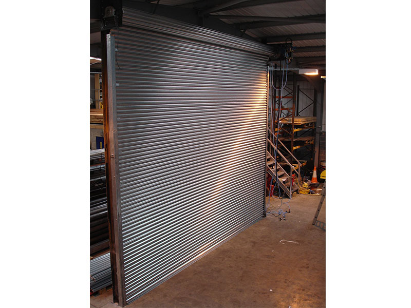 Pneumatic roller shutters