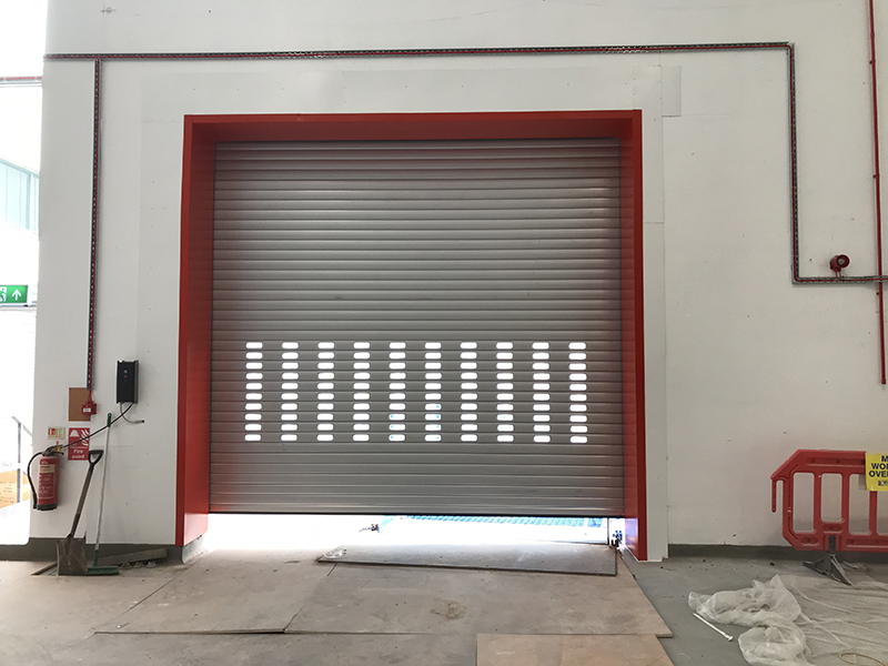 Hops Store insulated roller shutter in action